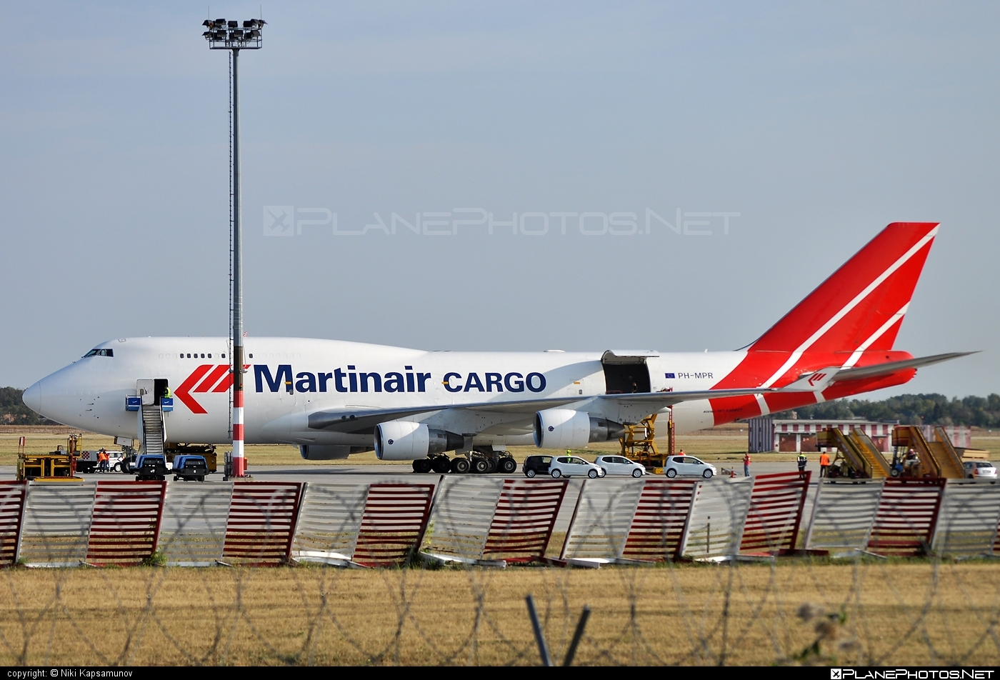 Boeing 747-400BCF - PH-MPR operated by Martinair Cargo #b747 #b747bcf #boeing #boeing747 #boeingconvertedfreighter #jumbo