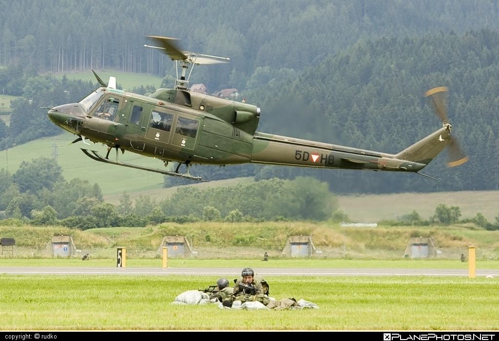 Agusta Bell AB-212 - 5D-HB operated by Österreichische Luftstreitkräfte (Austrian Air Force) #agustabell #austrianairforce
