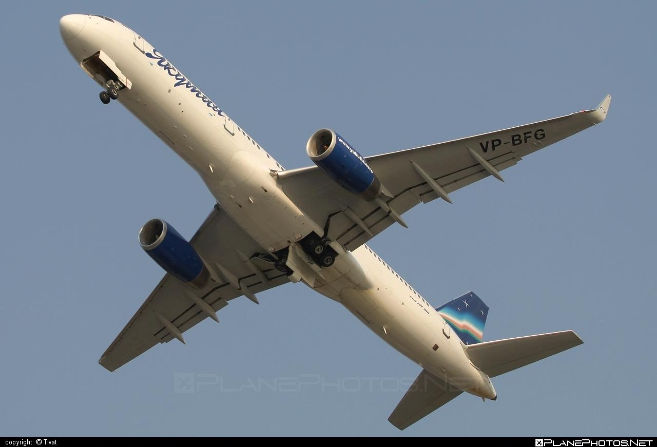 Boeing 757-200 - VP-BFG operated by Yakutia Airlines #b757 #boeing #boeing757