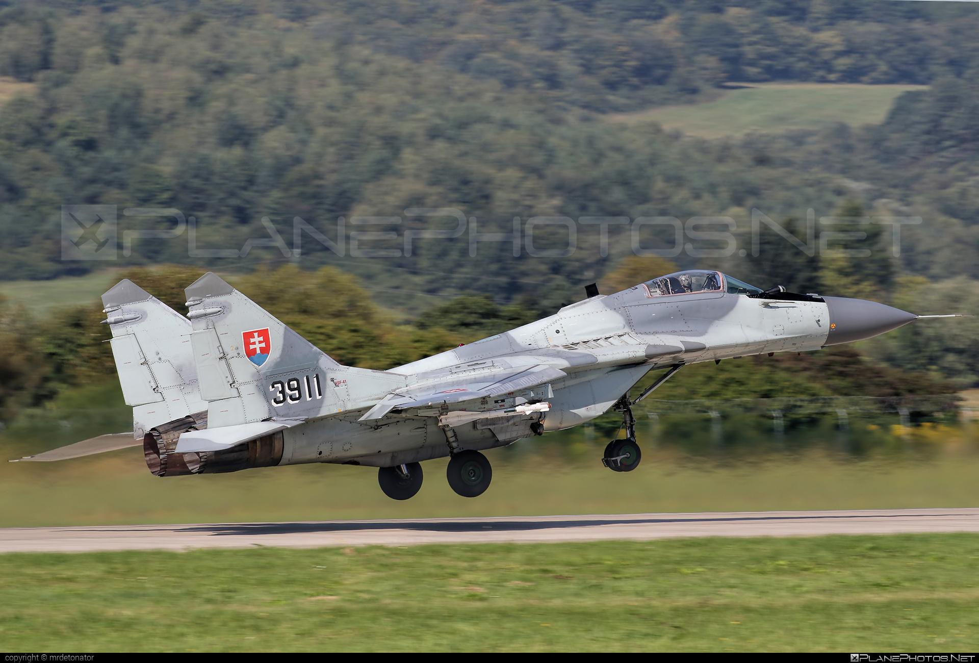 Mikoyan-Gurevich MiG-29AS - 3911 operated by Vzdušné sily OS SR (Slovak Air Force) #mig #mig29 #mig29as #mikoyangurevich #slovakairforce #vzdusnesilyossr