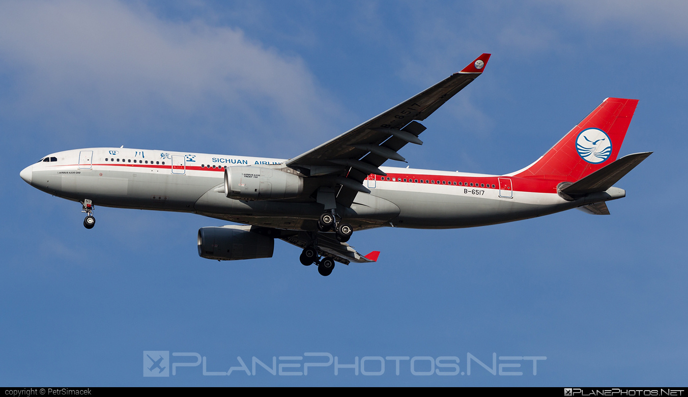 Airbus A330-243 - B-6517 operated by Sichuan Airlines #a330 #a330family #airbus #airbus330