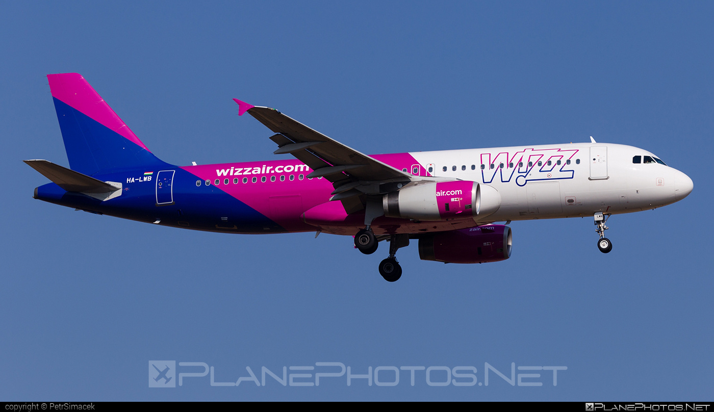 Airbus A320-232 - HA-LWB operated by Wizz Air #a320 #a320family #airbus #airbus320 #wizz #wizzair