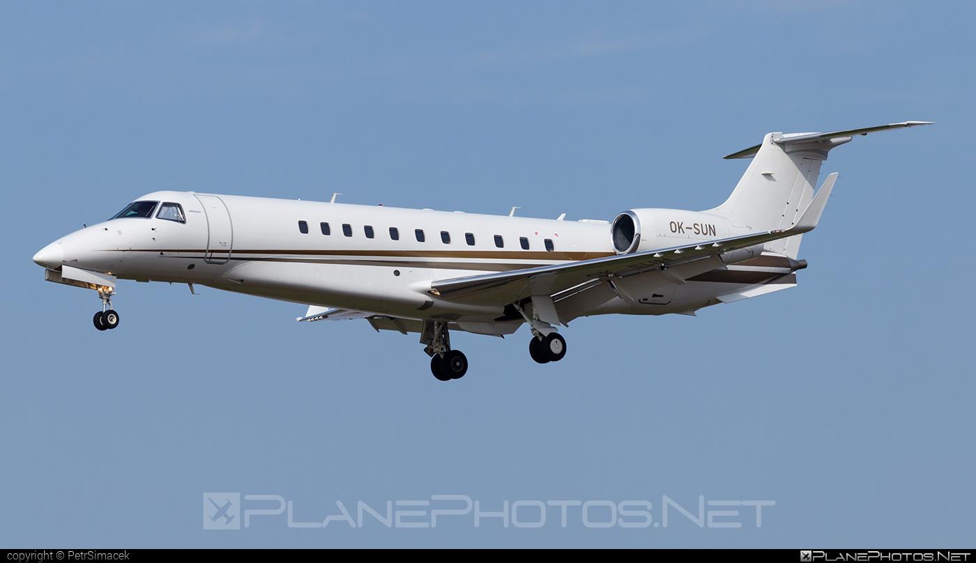ABS Jets Embraer ERJ-135BJ Legacy - OK-SUN #embraer #embraer135 #embraerlegacy #erj135 #erj135bj