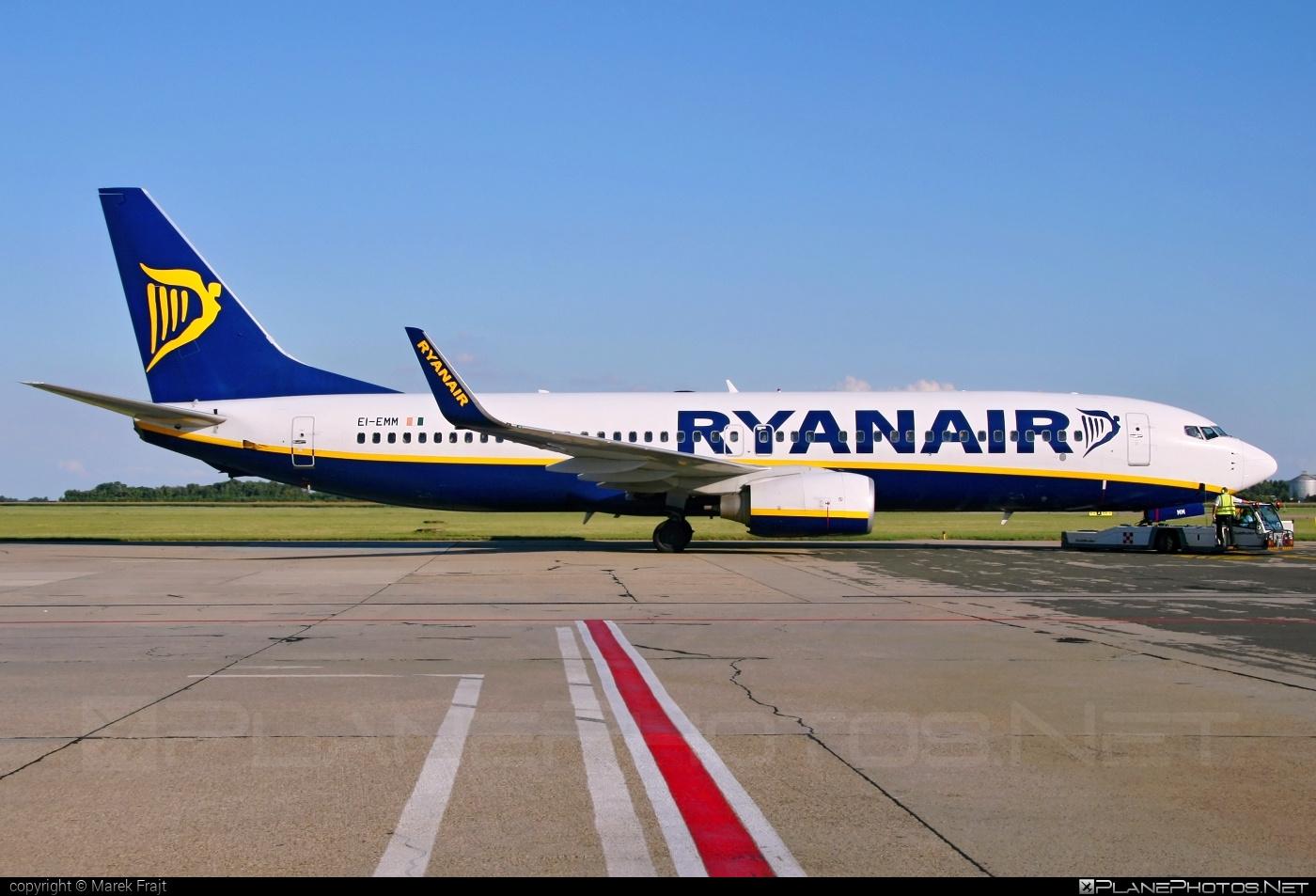 Boeing 737-800 - EI-EMM operated by Ryanair #b737 #b737nextgen #b737ng #boeing #boeing737 #ryanair