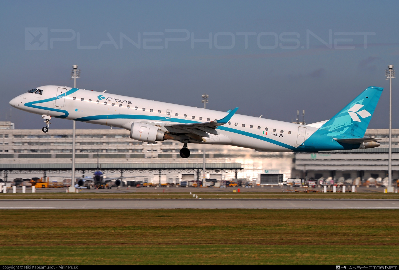 Embraer 190-200LR - I-ADJN operated by Air Dolomiti #airdolomiti #e195 #embraer #embraer195 #embraer195lr