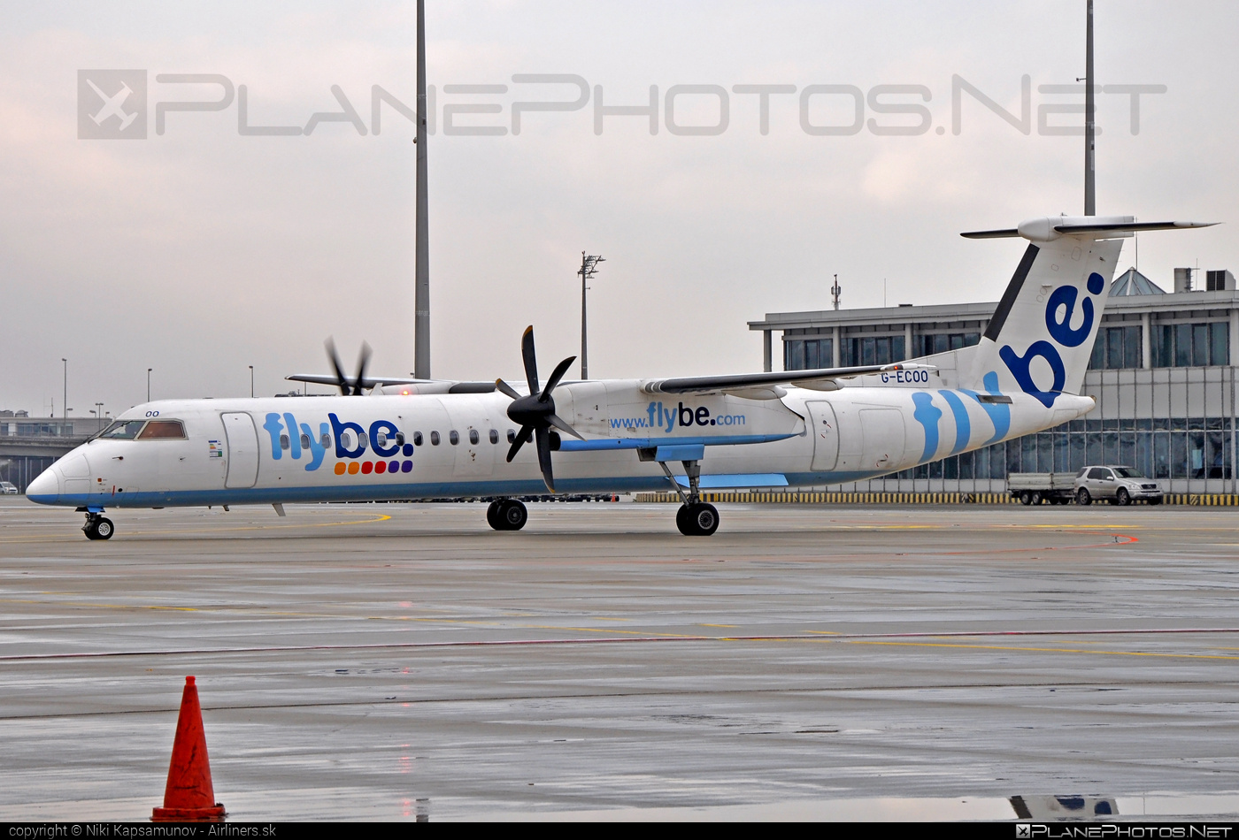 Bombardier DHC-8-Q402 Dash 8 - G-ECOO operated by Flybe #bombardier #dash8 #dhc8 #dhc8q402