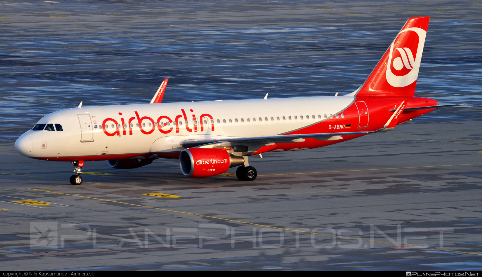 Airbus A320-214 - D-ABNO operated by Air Berlin #a320 #a320family #airberlin #airbus #airbus320