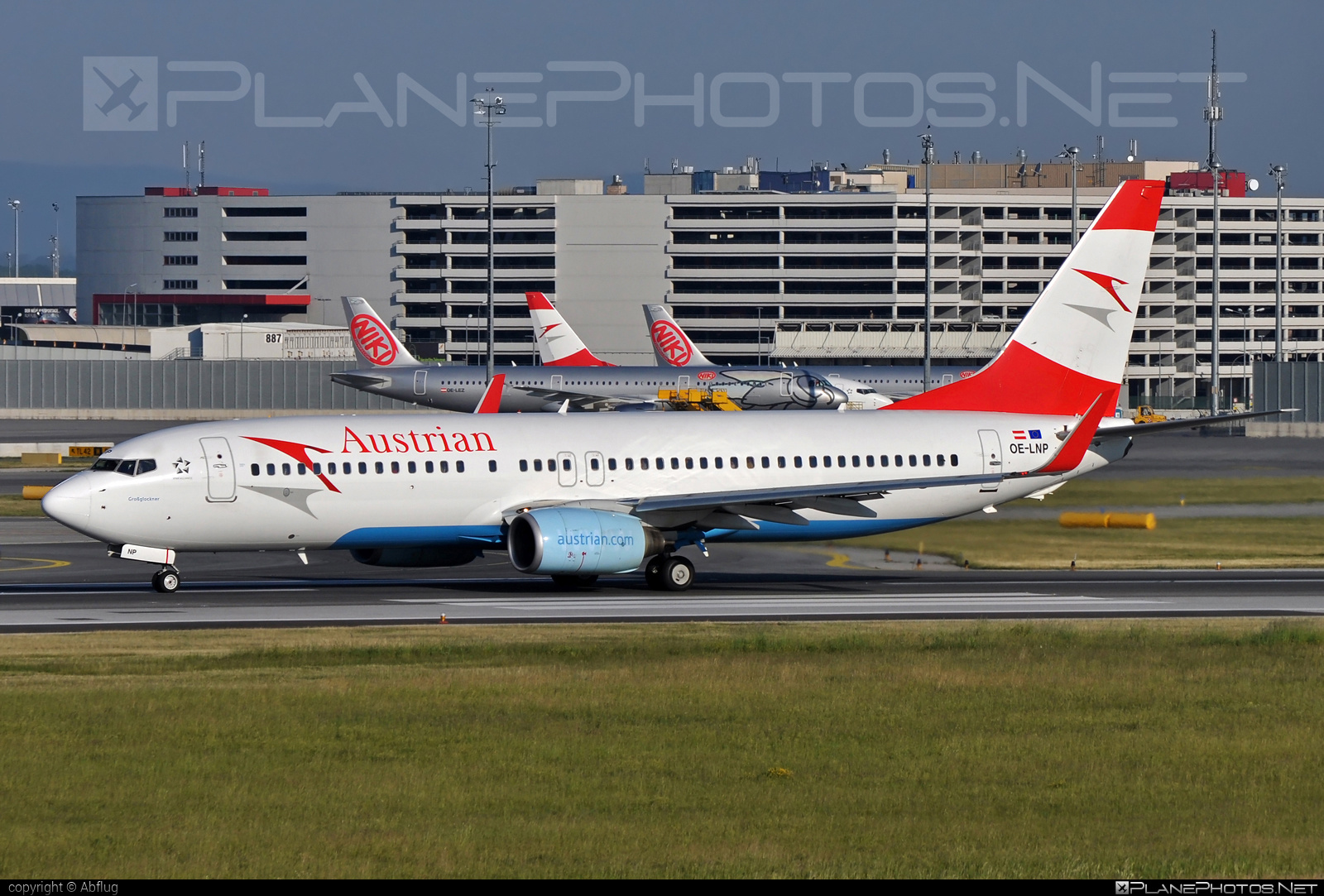 Boeing 737-800 - OE-LNP operated by Austrian Airlines #b737 #b737nextgen #b737ng #boeing #boeing737