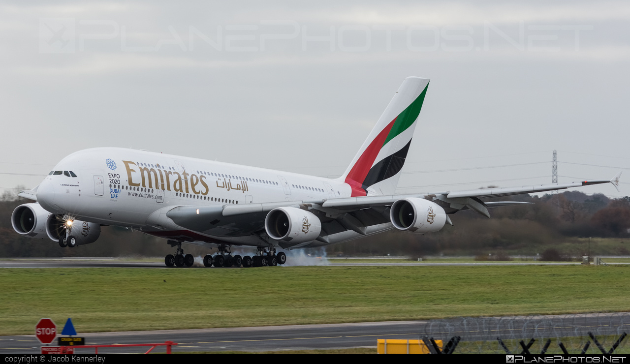 Airbus A380-861 - A6-EDR operated by Emirates #a380 #a380family #airbus #airbus380 #emirates
