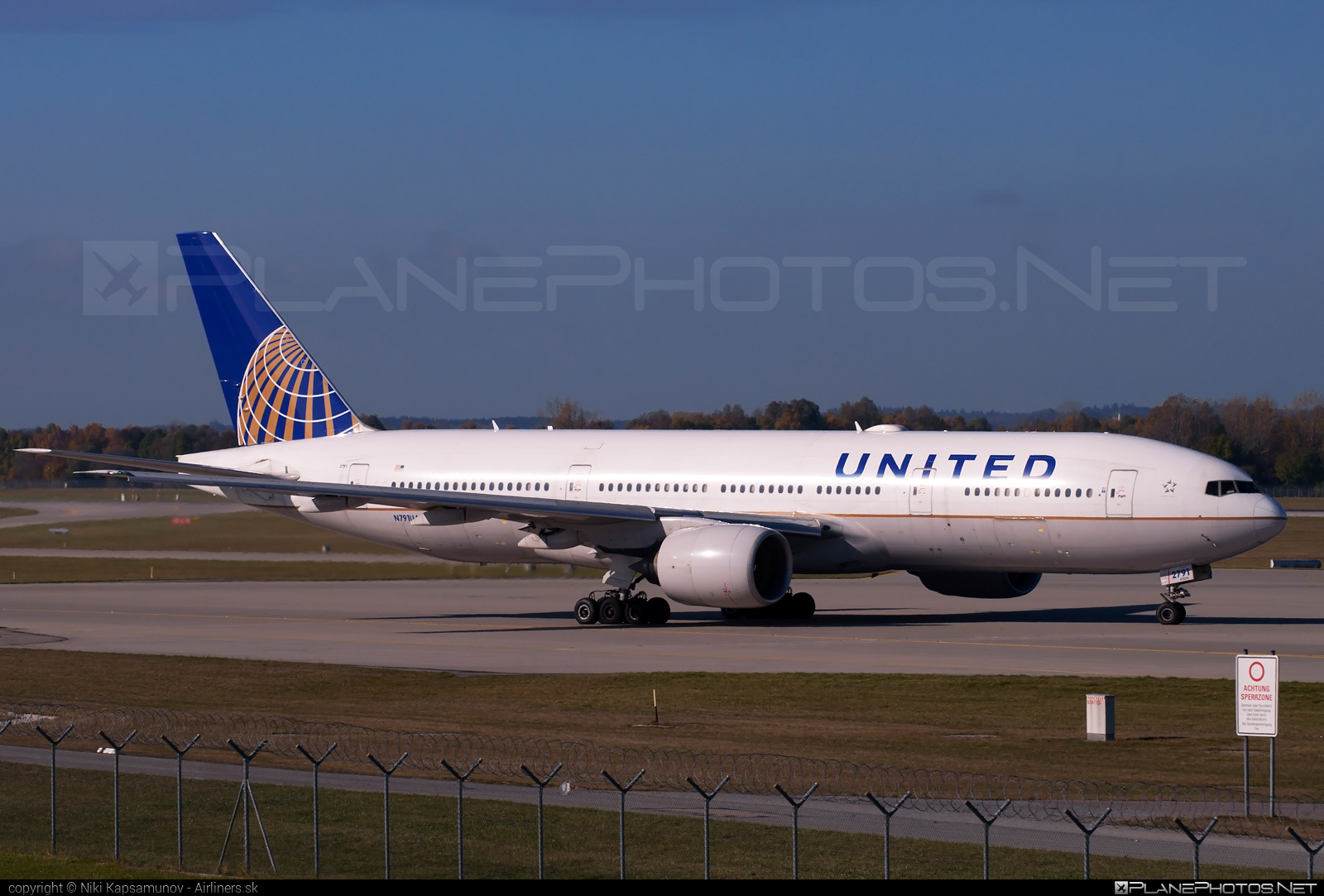 Boeing 777-200ER - N791UA operated by United Airlines #b777 #b777er #boeing #boeing777 #tripleseven #unitedairlines