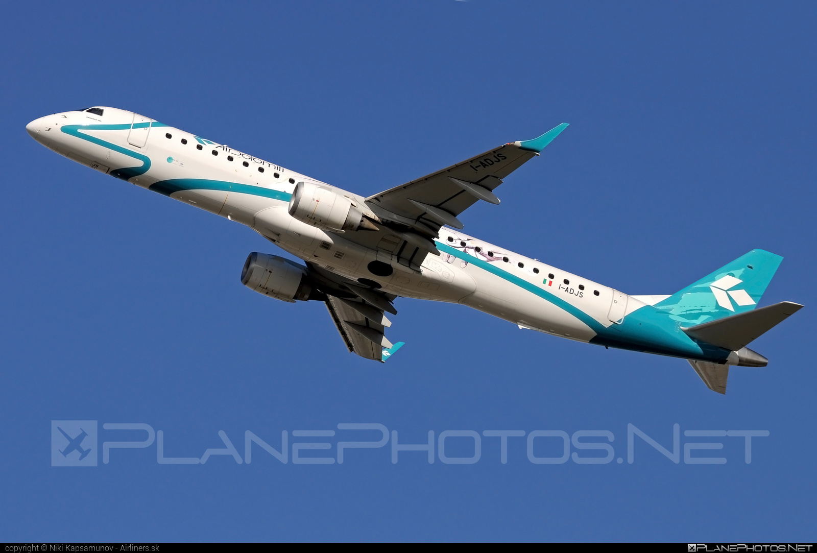 Embraer 190-200LR - I-ADJS operated by Air Dolomiti #airdolomiti #e195 #embraer #embraer195 #embraer195lr