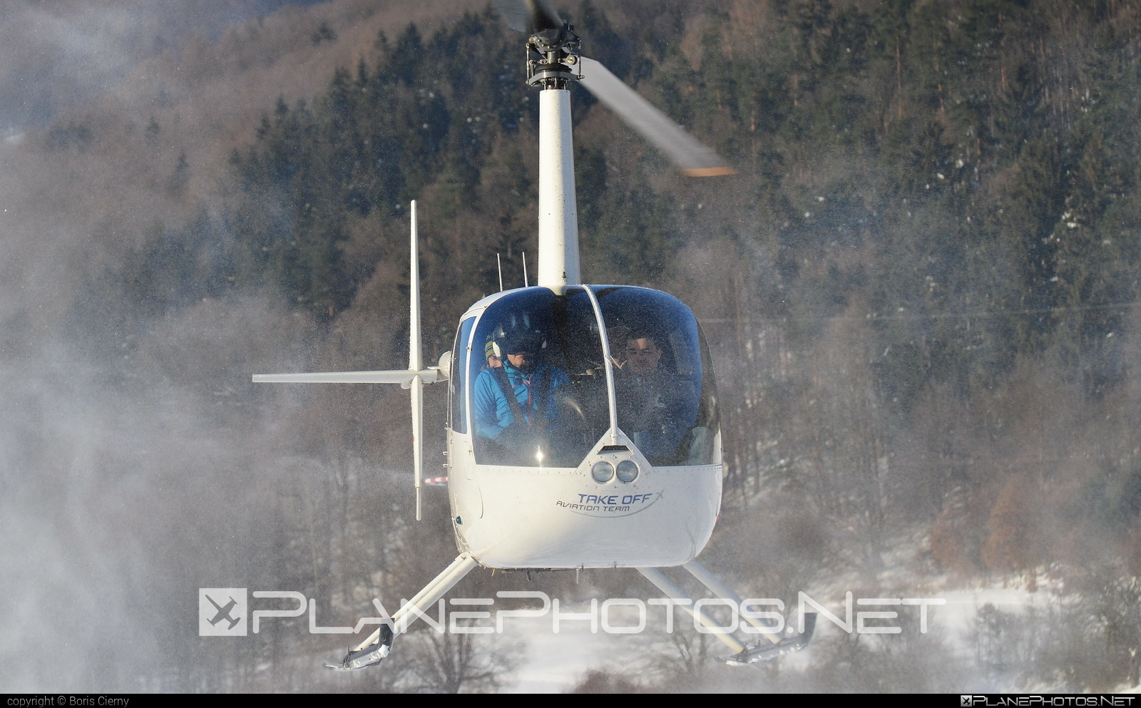 Robinson R44 Raven - OM-HCB operated by TECH-MONT Helicopter company #robinson