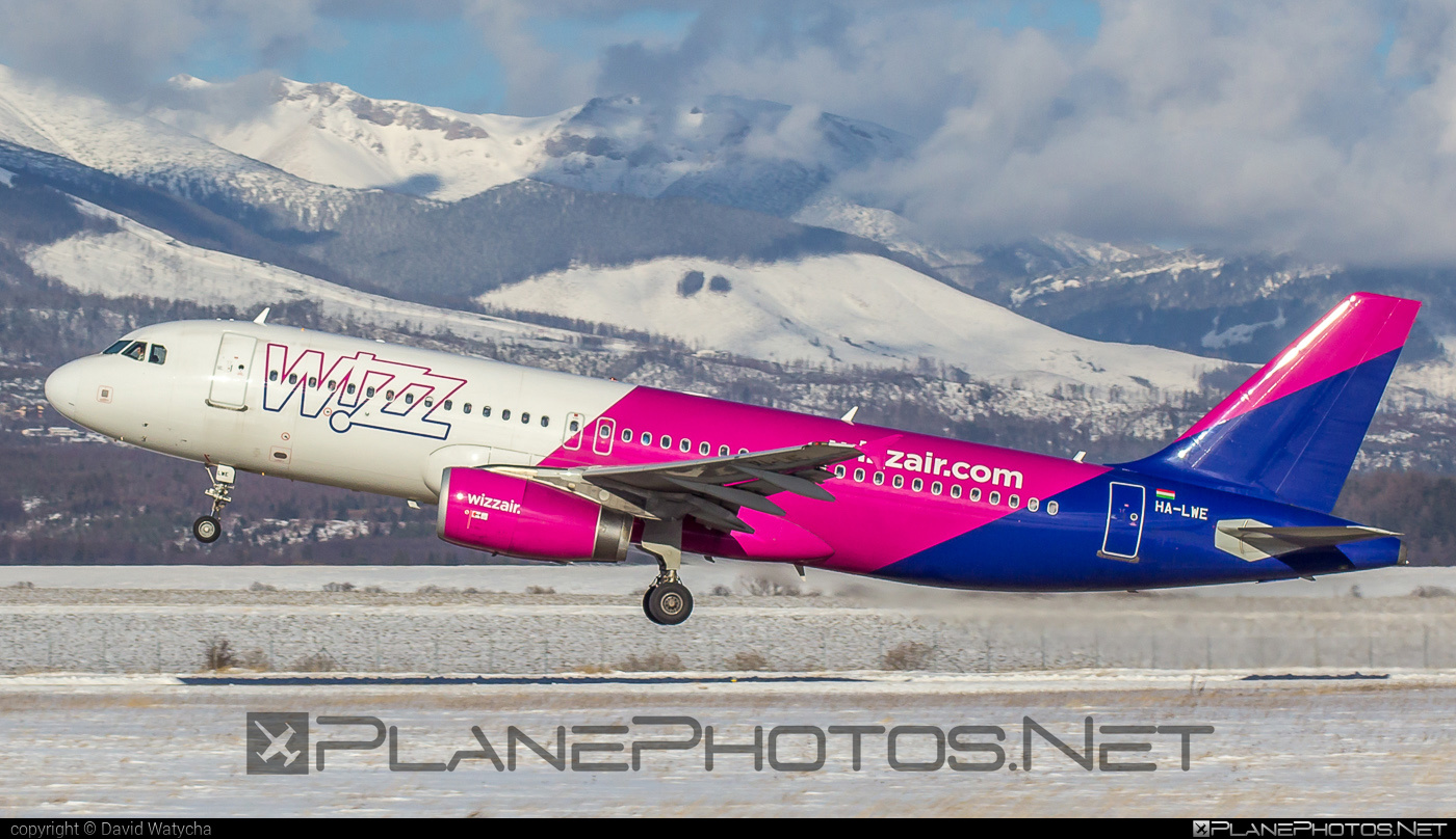 Airbus A320-232 - HA-LWE operated by Wizz Air #a320 #a320family #airbus #airbus320 #wizz #wizzair