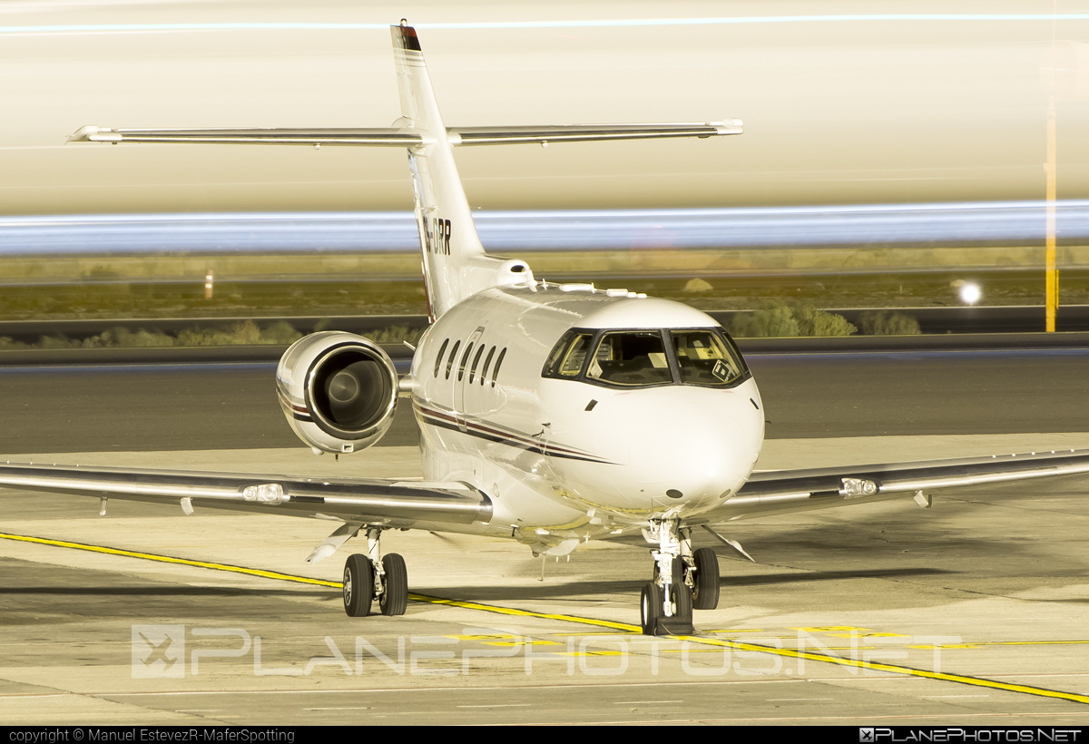 Raytheon Hawker 800XP - CS-DRR operated by NetJets Aviation #800xp #hawker800 #hawker800xp #raytheon