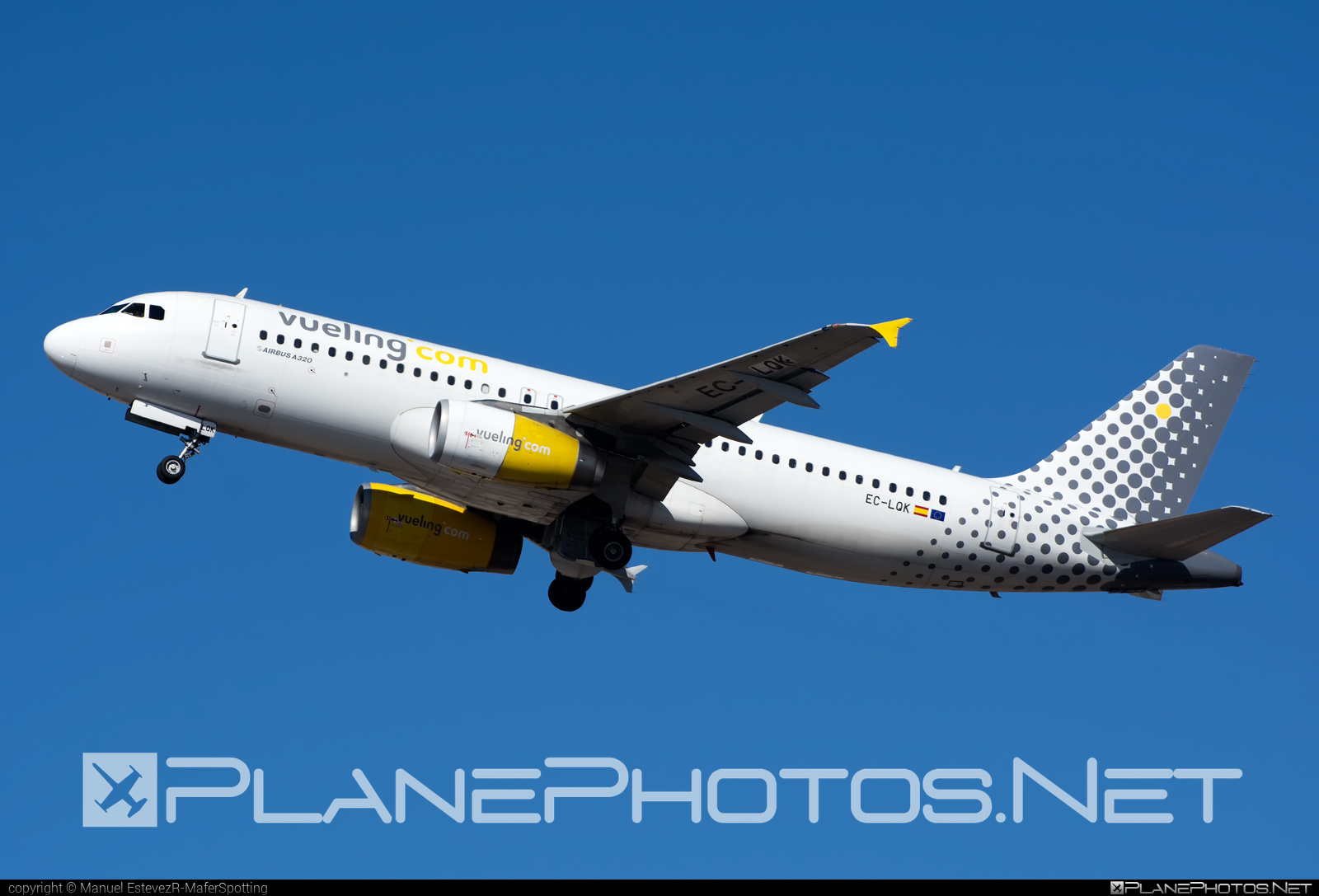 Vueling Airlines Airbus A320-232 - EC-LQK #a320 #a320family #airbus #airbus320 #vueling #vuelingairlines