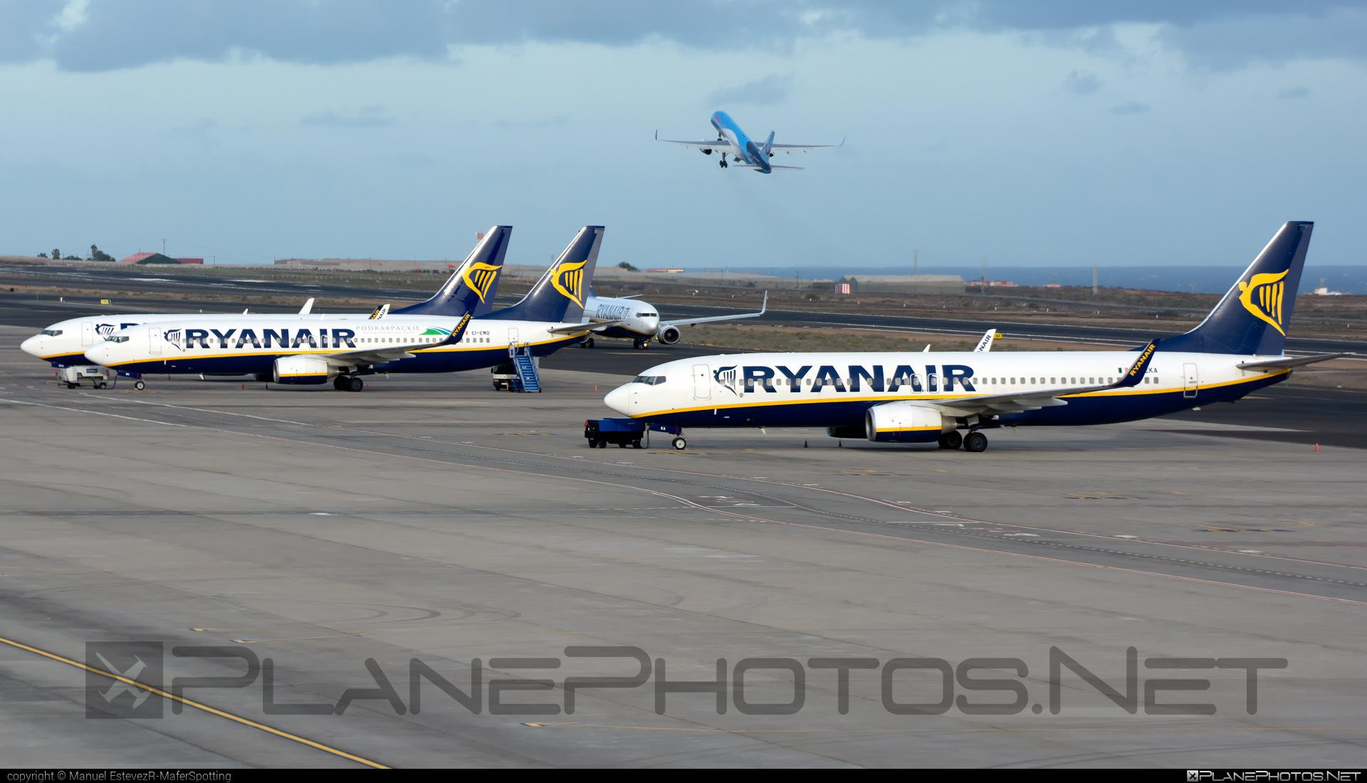Boeing 737-800 - EI-EKA operated by Ryanair #b737 #b737nextgen #b737ng #boeing #boeing737 #ryanair