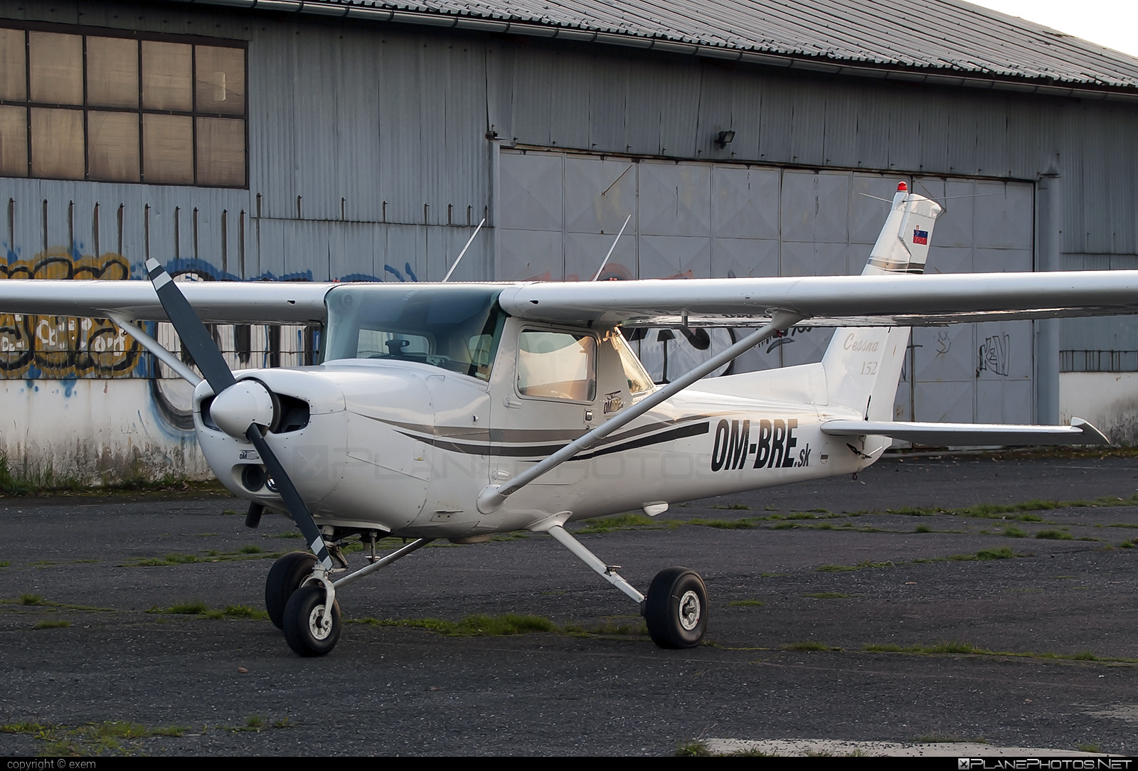Cessna 152 - OM-BRE operated by OMBRE Flihgt School #cessna #cessna152