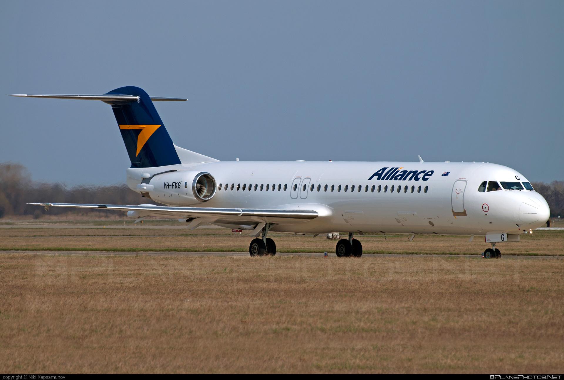 Fokker 100 - VH-FKG operated by Alliance Airlines #fokker