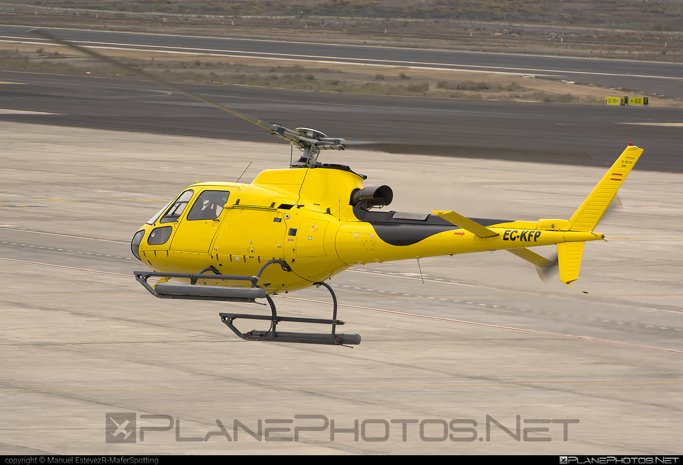 Eurocopter AS350 B3 Ecureuil - EC-KFP operated by Helicopteros Insulares #eurocopter