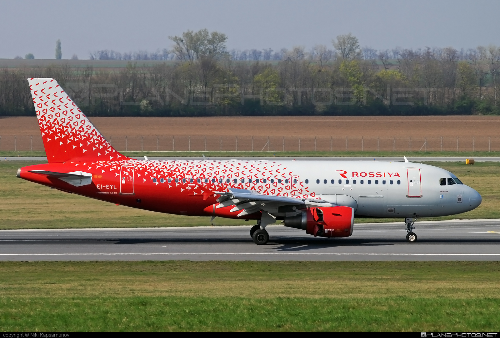 Airbus A319-111 - EI-EYL operated by Rossiya Airlines #a319 #a320family #airbus #airbus319