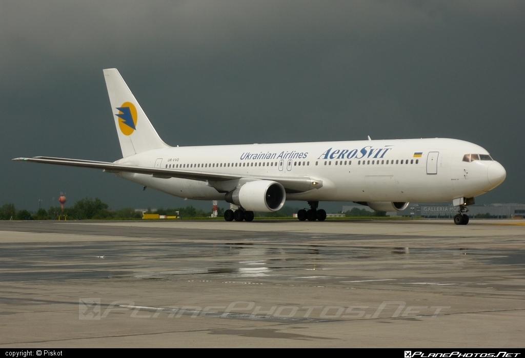 Boeing 767-300ER - UR-VVO operated by AeroSvit Ukrainian Airlines #b767 #b767er #boeing #boeing767