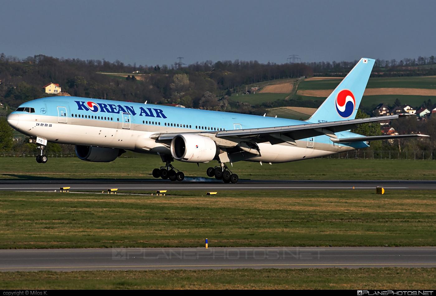 Boeing 777-200ER - HL7715 operated by Korean Air #b777 #b777er #boeing #boeing777 #koreanair #tripleseven