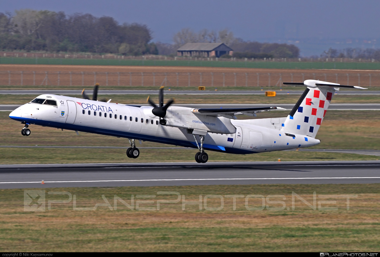 Bombardier DHC-8-Q402 Dash 8 - 9A-CQD operated by Croatia Airlines #bombardier #dash8 #dhc8 #dhc8q402