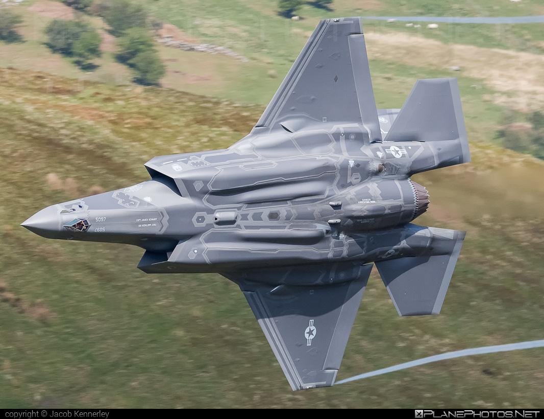 Lockheed Martin F-35A Lightning II - 14-5097 operated by US Air Force (USAF) #LockheedMartin #machloop #usaf #usairforce