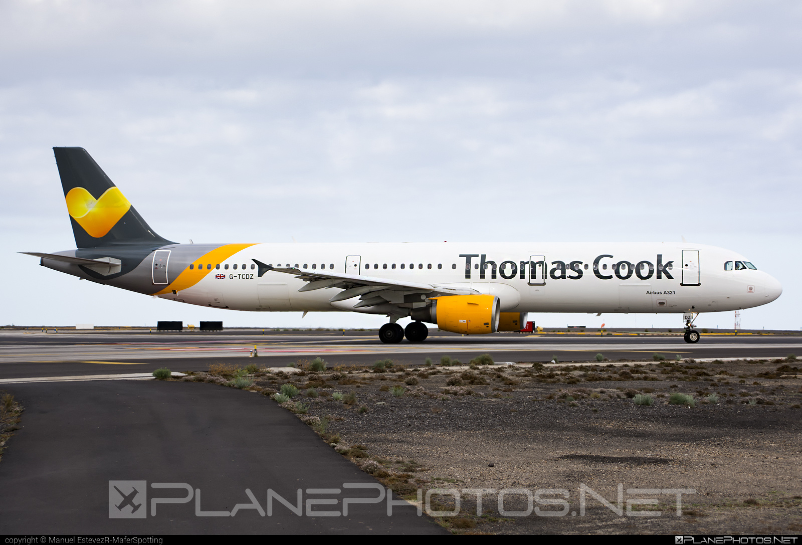 Airbus A321-211 - G-TCDZ operated by Thomas Cook Airlines #a320family #a321 #airbus #airbus321