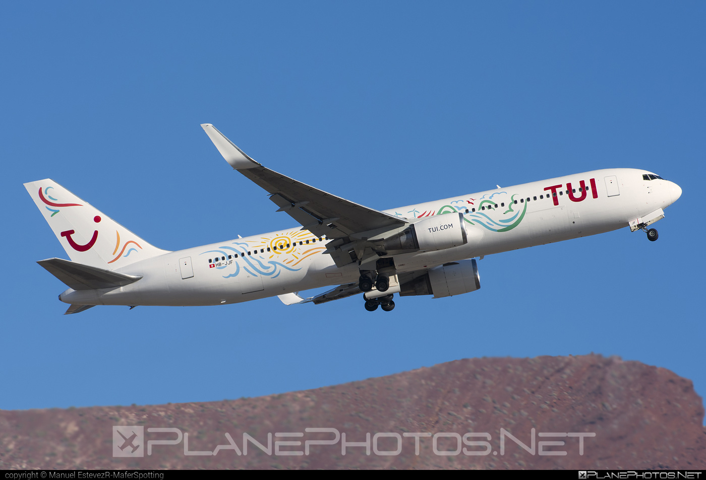 Boeing 767-300ER - HB-JJF operated by TUI Airlines Nederlands #b767 #b767er #boeing #boeing767 #tui #tuiairlines #tuiairlinesnederlands
