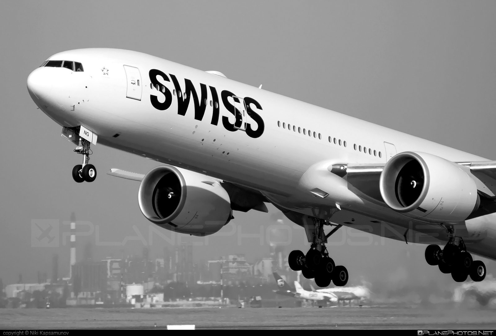 Boeing 777-300ER - HB-JNG operated by Swiss International Air Lines #b777 #b777er #boeing #boeing777 #swiss #swissairlines #tripleseven