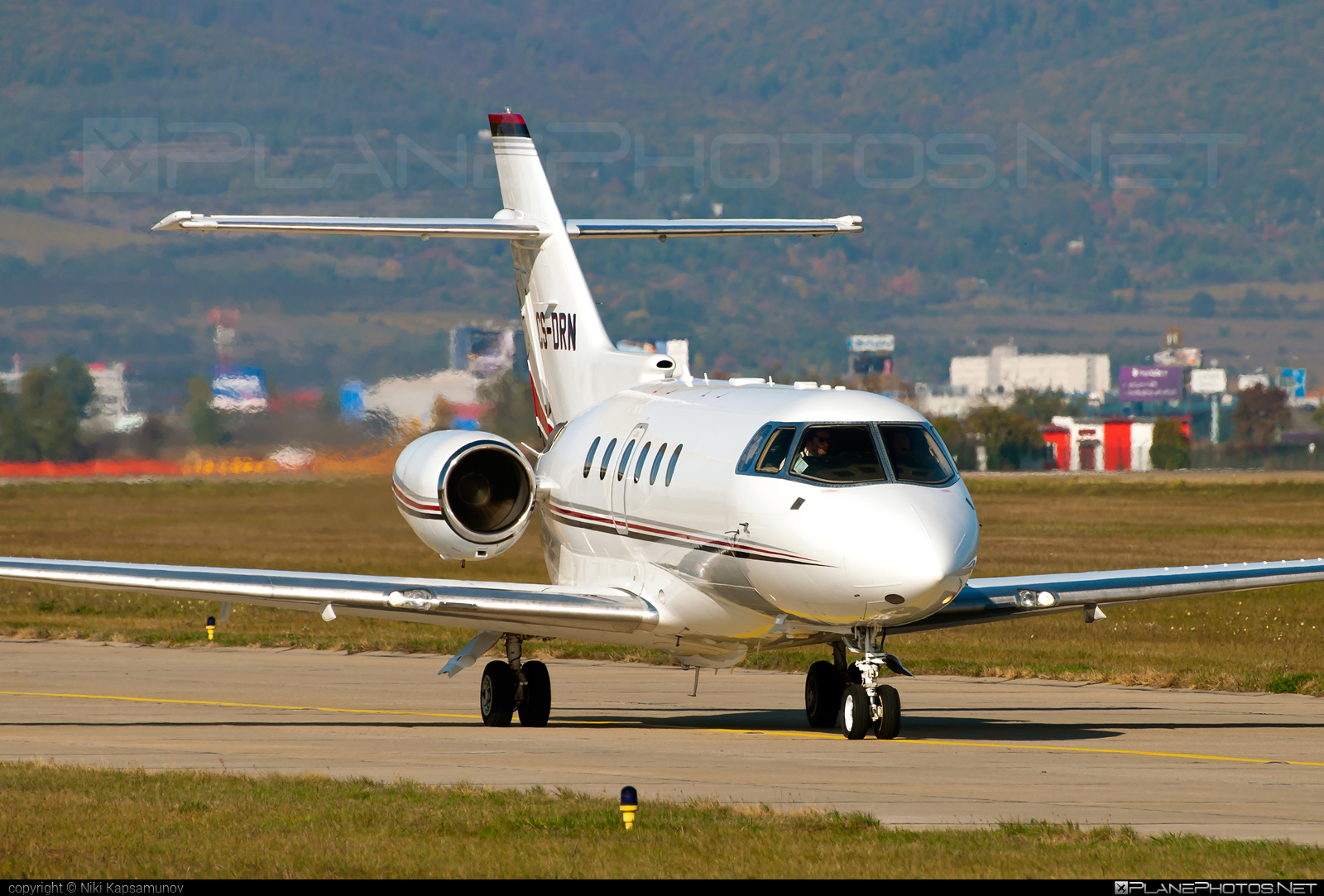 Raytheon Hawker 800XP - CS-DRN operated by NetJets Aviation #800xp #hawker800 #hawker800xp #raytheon