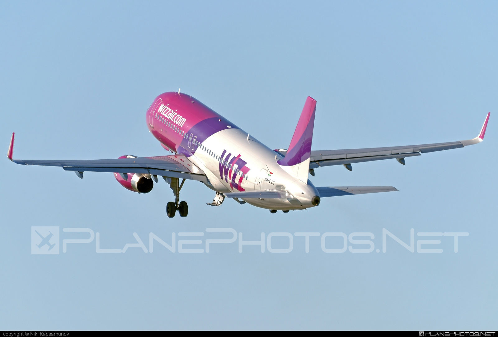 Airbus A320-232 - HA-LYC operated by Wizz Air #a320 #a320family #airbus #airbus320 #wizz #wizzair