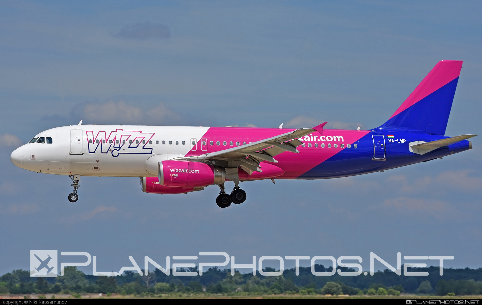 Airbus A320-232 - HA-LWP operated by Wizz Air #a320 #a320family #airbus #airbus320 #wizz #wizzair
