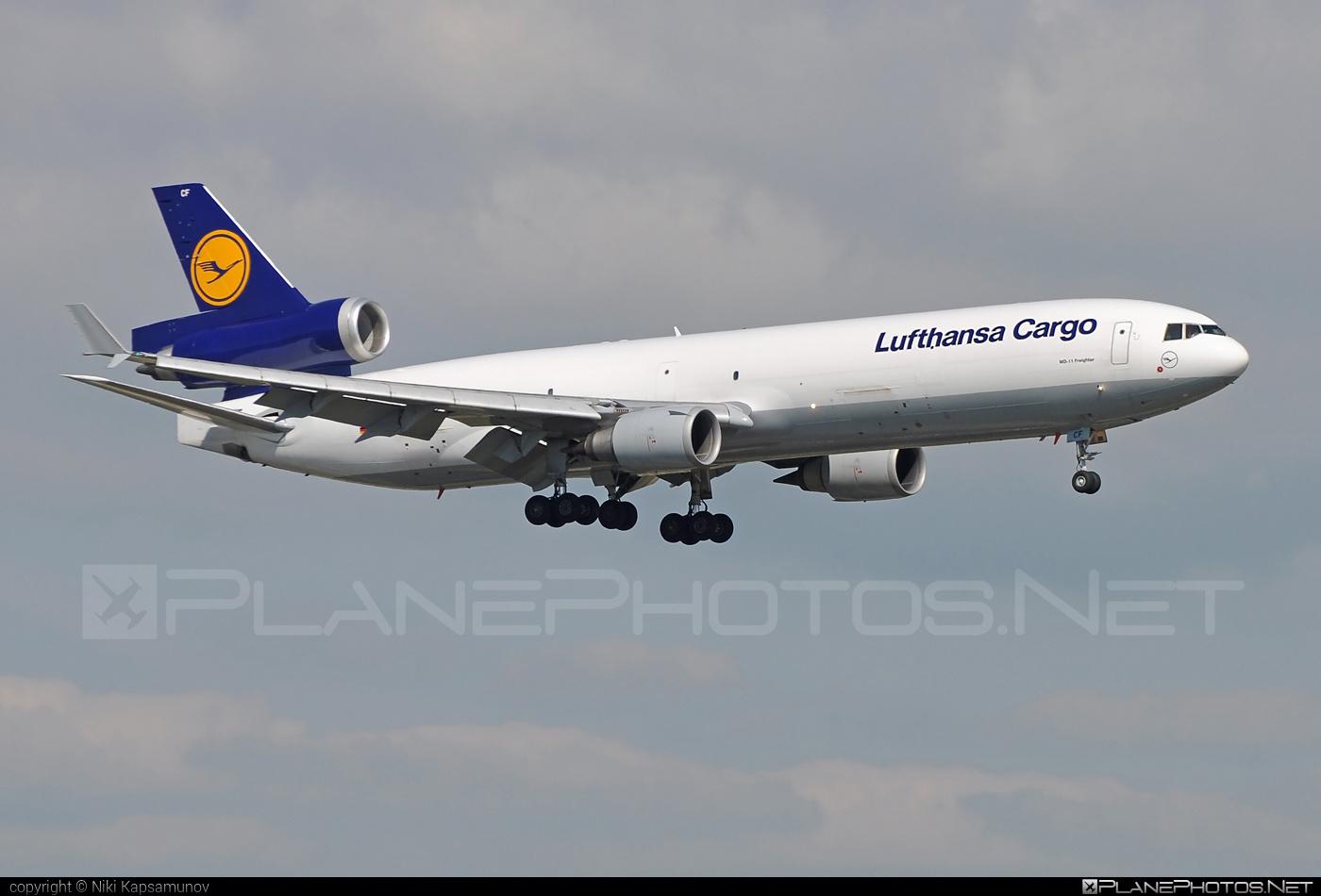 Lufthansa Cargo McDonnell Douglas MD-11F - D-ALCF #mcdonnelldouglas #mcdonnelldouglas11 #mcdonnelldouglas11f #mcdonnelldouglasmd11 #mcdonnelldouglasmd11f #md11 #md11f