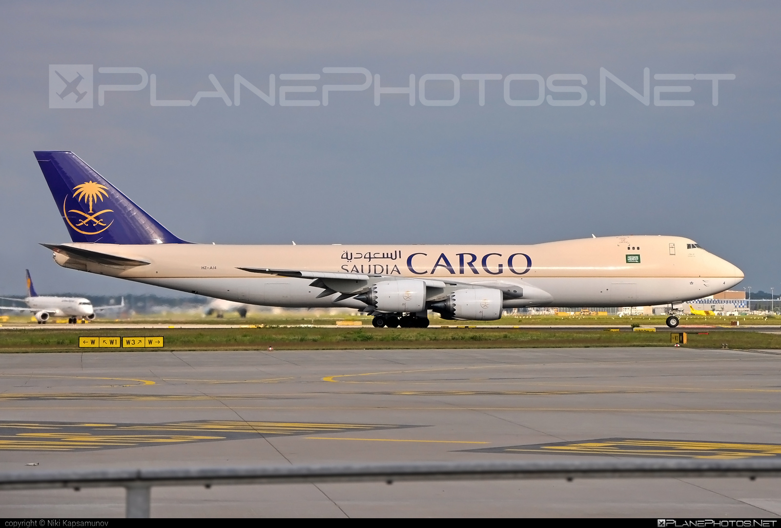 Boeing 747-8F - HZ-AI4 operated by Saudi Arabian Airlines Cargo #b747 #b747f #b747freighter #boeing #boeing747 #jumbo