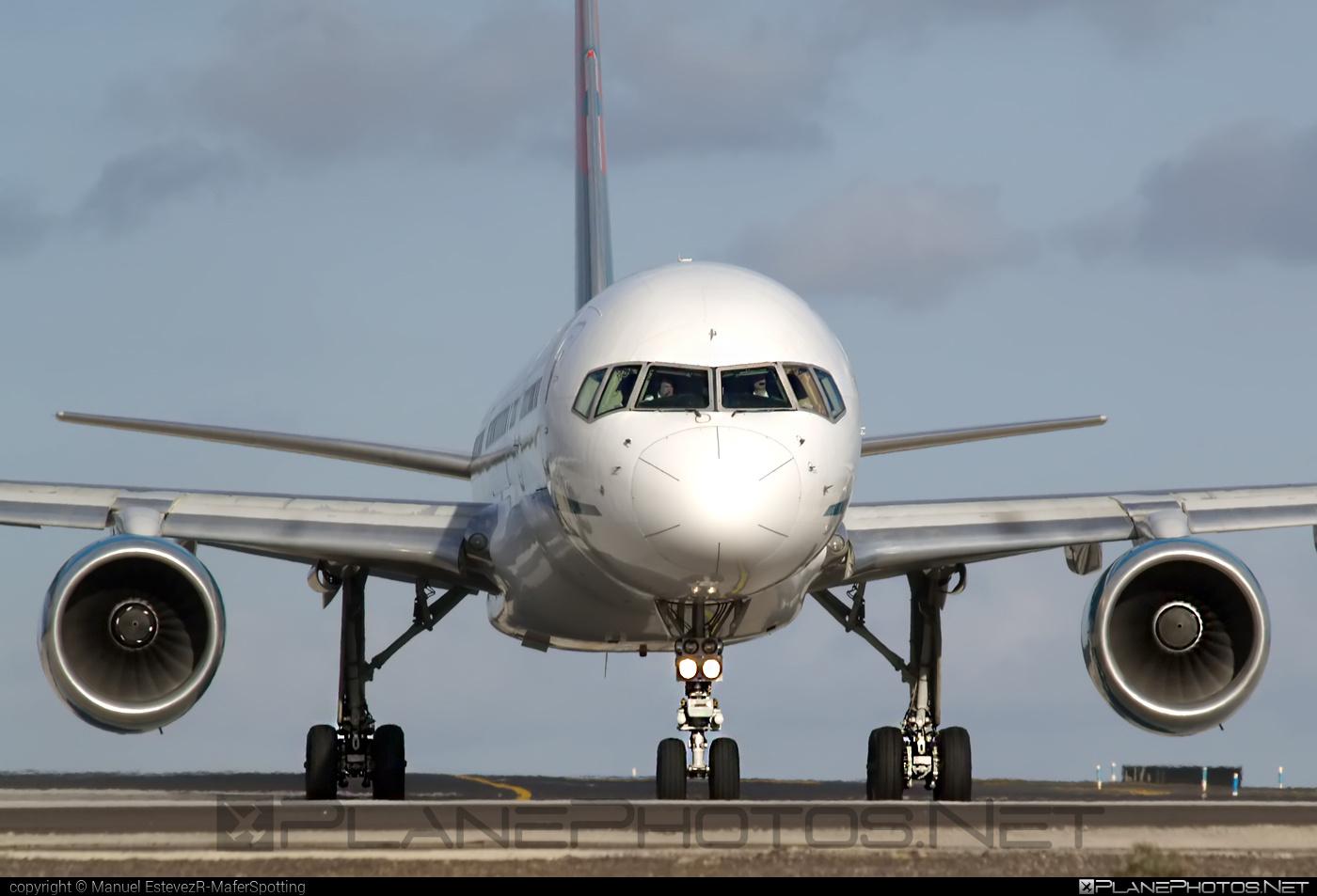 Boeing 757-200 - G-OOBJ operated by First Choice Airways #b757 #boeing #boeing757