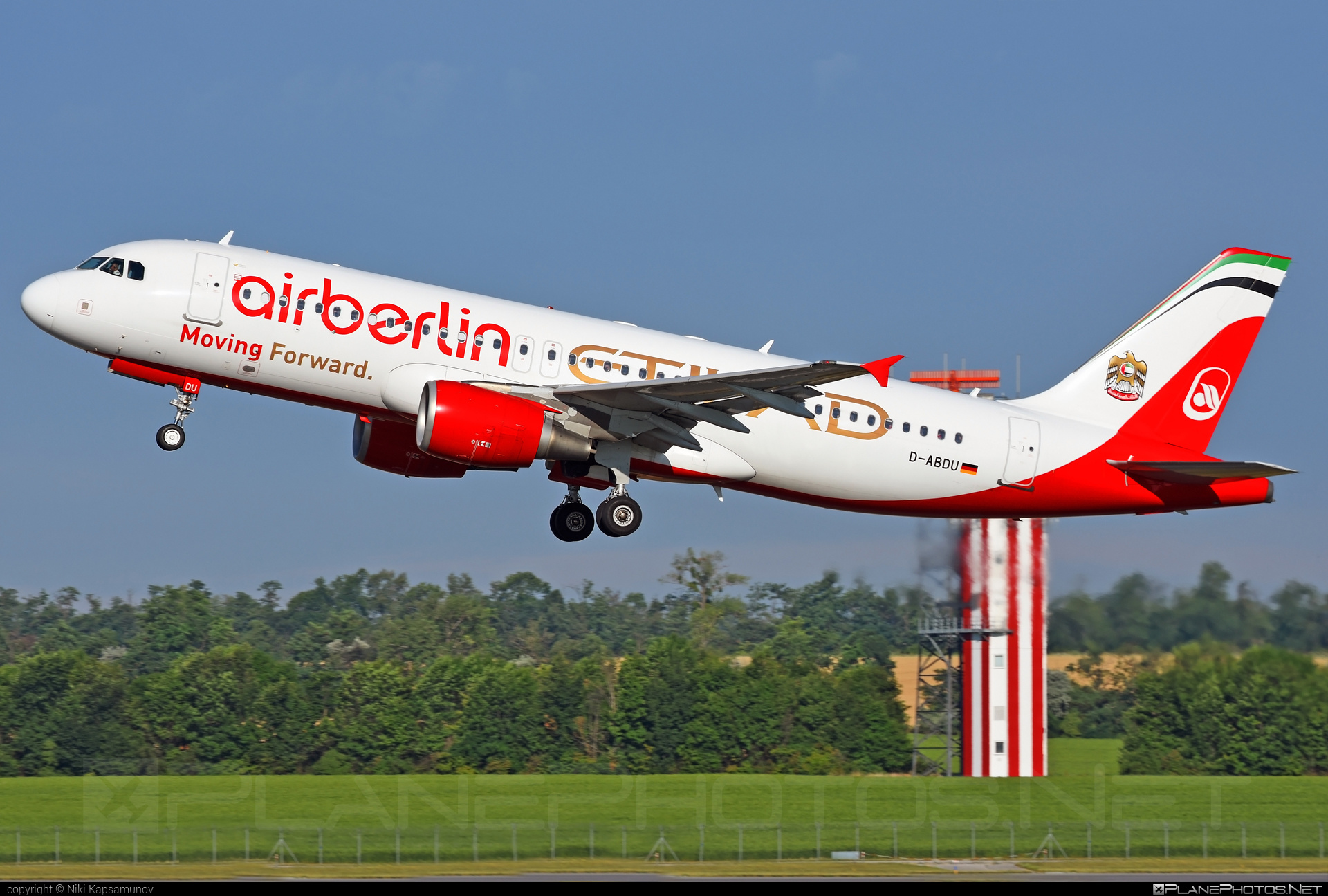 Airbus A320-214 - D-ABDU operated by Air Berlin #a320 #a320family #airberlin #airbus #airbus320