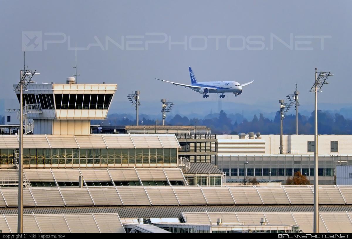 Munchen Franz Josef Strauss Int`l airport overview