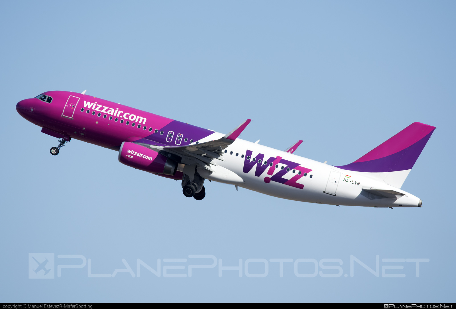 Airbus A320-232 - HA-LYN operated by Wizz Air #a320 #a320family #airbus #airbus320 #wizz #wizzair