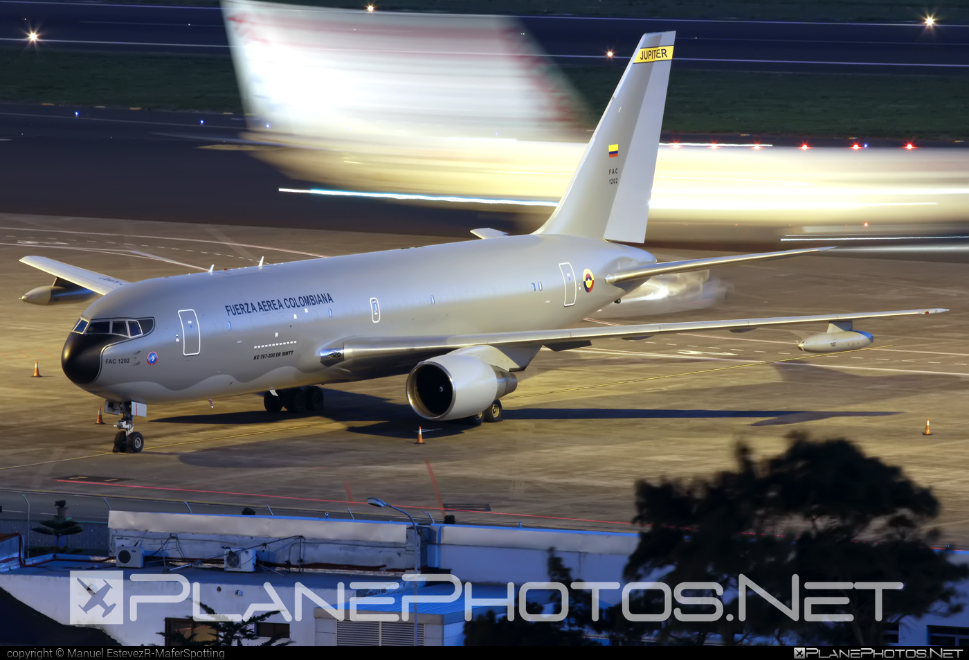 Boeing KC-767-200ER MMTT - FAC1202 operated by Fuerza Aérea Colombiana (Colombian Air Force) #b767 #b767er #boeing #boeing767 #kc767