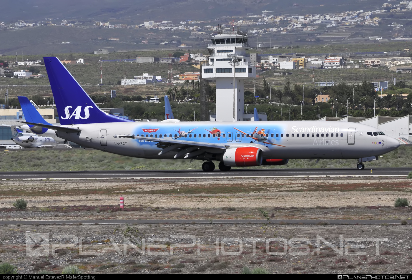 Boeing 737-800 - LN-RCY operated by Scandinavian Airlines (SAS) #b737 #b737nextgen #b737ng #boeing #boeing737 #sas #sasairlines #scandinavianairlines