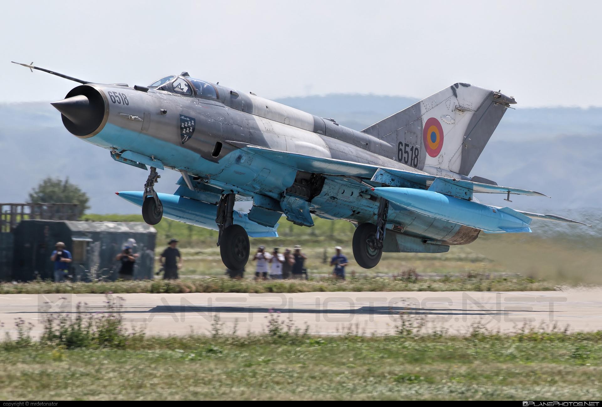 Mikoyan-Gurevich MiG-21MF - 6518 operated by Forţele Aeriene Române (Romanian Air Force) #forteleaerieneromane #mig #mig21 #mig21mf #mikoyangurevich #romanianairforce