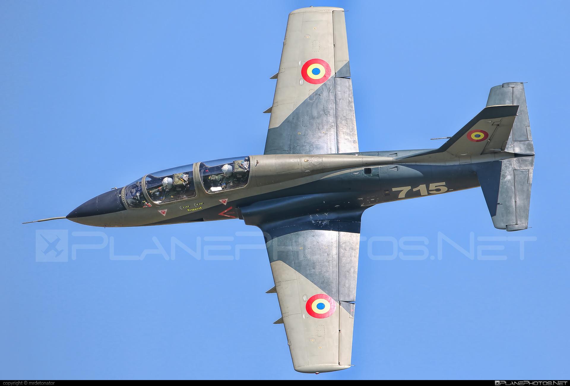 IAR IAR-99 Șoim - 715 operated by Forţele Aeriene Române (Romanian Air Force) #forteleaerieneromane #romanianairforce