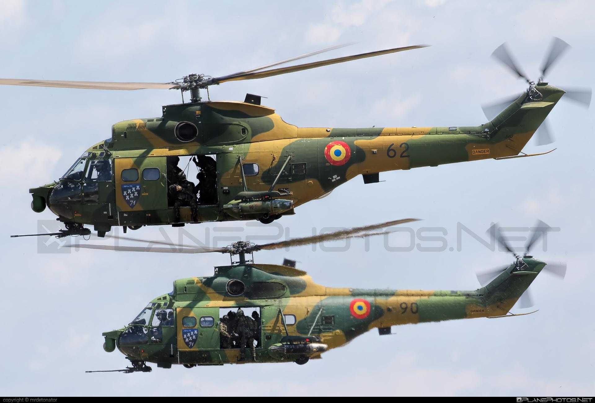 IAR IAR-330L Puma SOCAT - 62 operated by Forţele Aeriene Române (Romanian Air Force) #forteleaerieneromane #romanianairforce