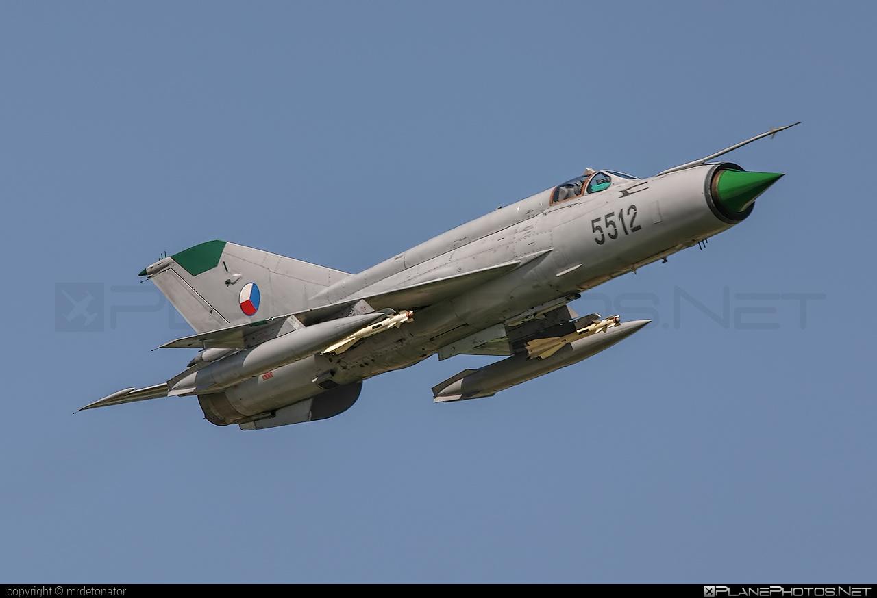 Mikoyan-Gurevich MiG-21MF - 5512 operated by Vzdušné síly AČR (Czech Air Force) #czechairforce #mig #mig21 #mig21mf #mikoyangurevich #vzdusnesilyacr
