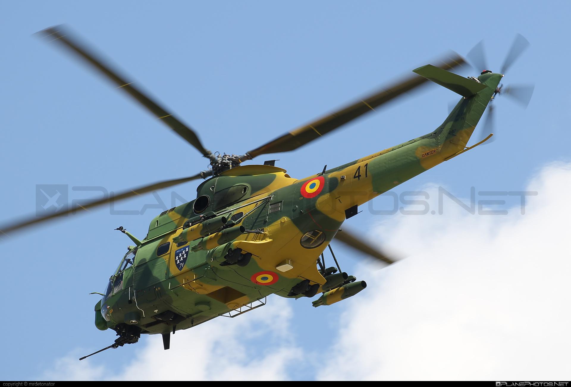 IAR IAR-330L Puma SOCAT - 41 operated by Forţele Aeriene Române (Romanian Air Force) #forteleaerieneromane #romanianairforce