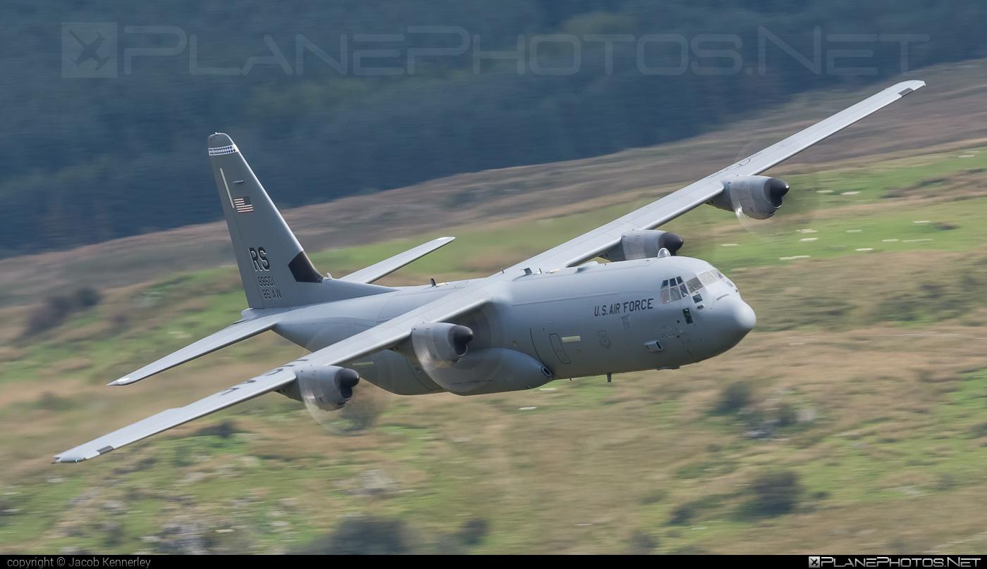 Lockheed Martin C-130J-30 Super Hercules - 08-8601 operated by US Air Force (USAF) #LockheedMartin #c130 #c130j #c130j30 #machloop #superhercules #usaf #usairforce