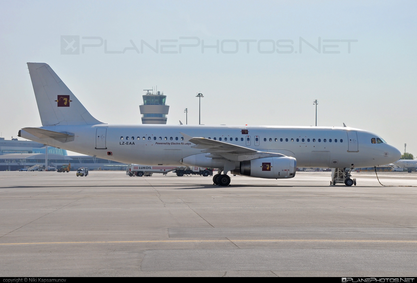 Airbus A320-231 - LZ-EAA operated by Electra Airways #a320 #a320family #airbus #airbus320