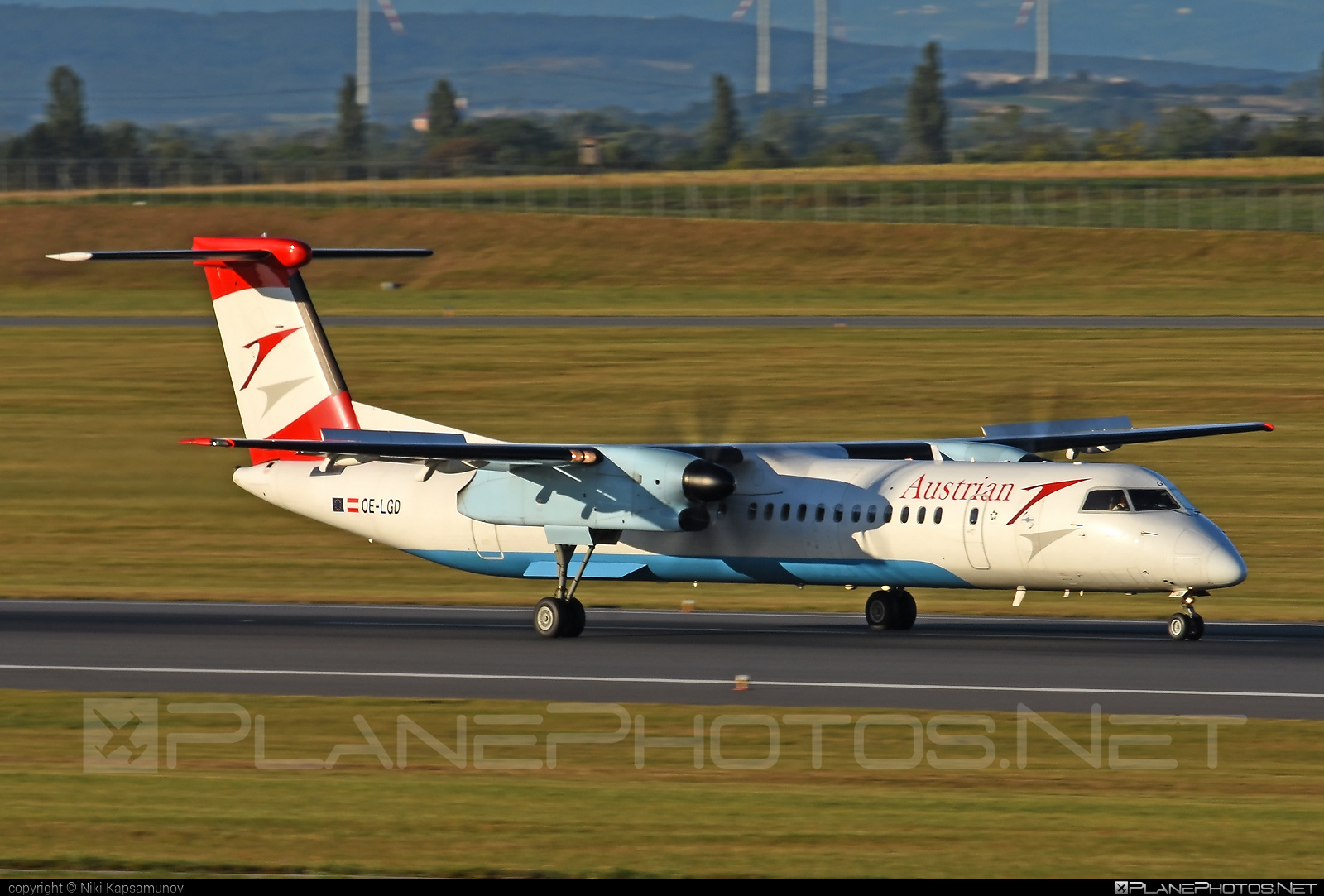 Bombardier DHC-8-Q402 Dash 8 - OE-LGD operated by Austrian Airlines #bombardier
